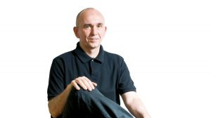 This is apparently Peter Molyneux.